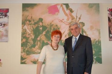 Gisèle Dessieux, candidate MRC soutenue par le PS et le PRG dans la 3ème circonscription des Ardennes, et Jean-Pierre Chevènement